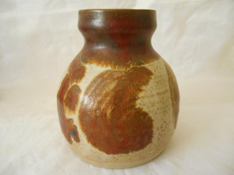 C SES initilas on Pot - Any info on maker please? Dscn0022