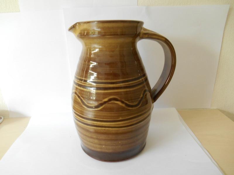 Slipware jug - wg mark (not Matt Grimmit) - W. Goodman, Totnes Dscn0312