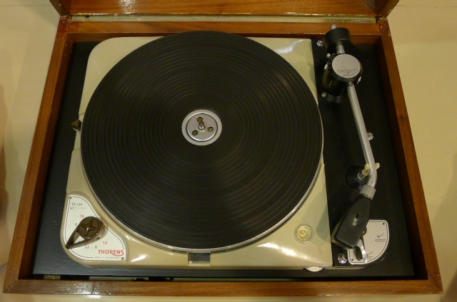 Vintage Thorens TD 124 Turntable with Thorens BTD-12S Tonearm (Used) SOLD P1120231