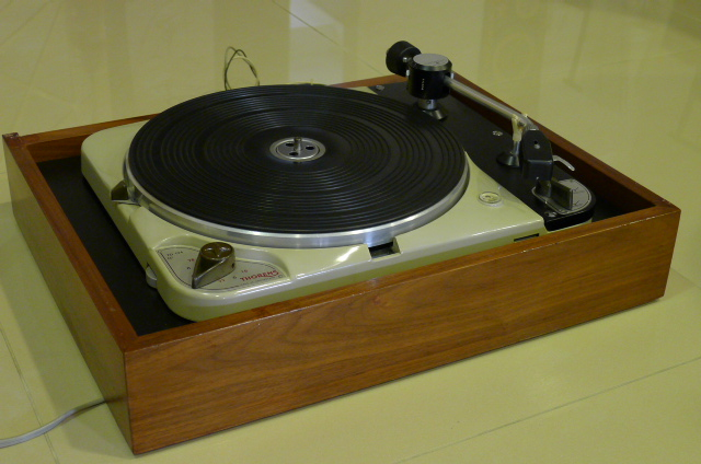 Vintage Thorens TD 124 Turntable with Thorens BTD-12S Tonearm (Used) SOLD P1120234
