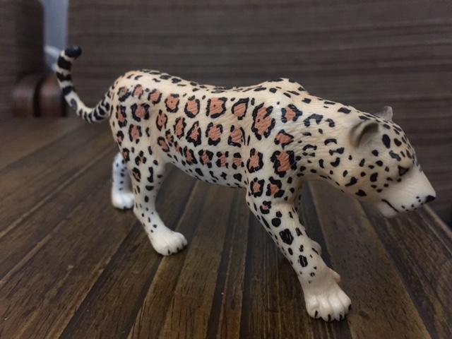 Mojo Fun 387018 Leopard - New Paintwork Img_1113