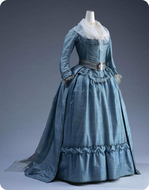 robes XVIIIe: styles, couleurs et matières  18thc-10