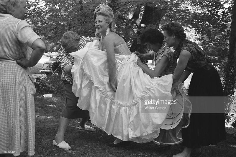 Marie Antoinette avec Michèle Morgan (Delannoy) - Page 10 Mil10