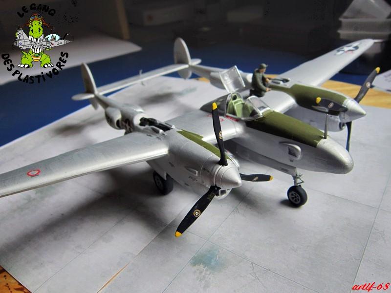 P-38/F-5E Lightning (rajout des 4 zings) Img_4535