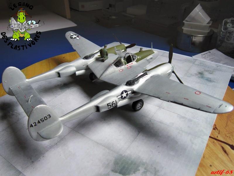 P-38/F-5E Lightning (rajout des 4 zings) Img_4536