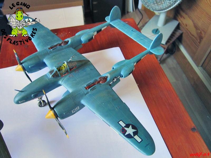 P-38/F-5E Lightning (rajout des 4 zings) Img_4542