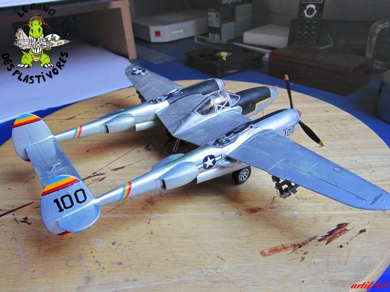 P-38/F-5E Lightning (rajout des 4 zings) Img_4550