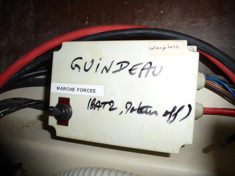 GUINDEAU - Relais d'alimentation du guindeau P1060710