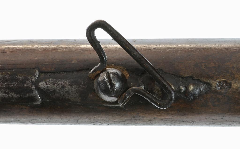 Identification d'un fusil à silex militaire vers 1750. Lll0d311