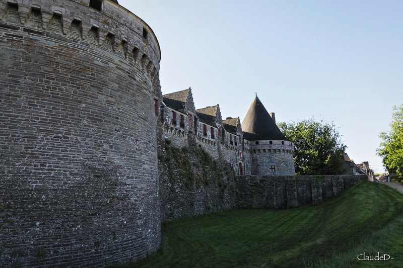 Chateau de PONTIVY Chpond11