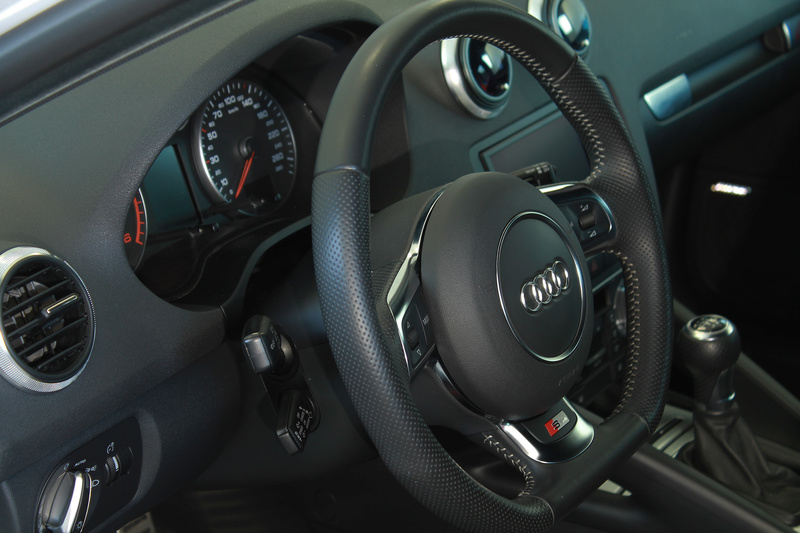 frask Vs Audi A3 Sportback S line bianco pastello 20510