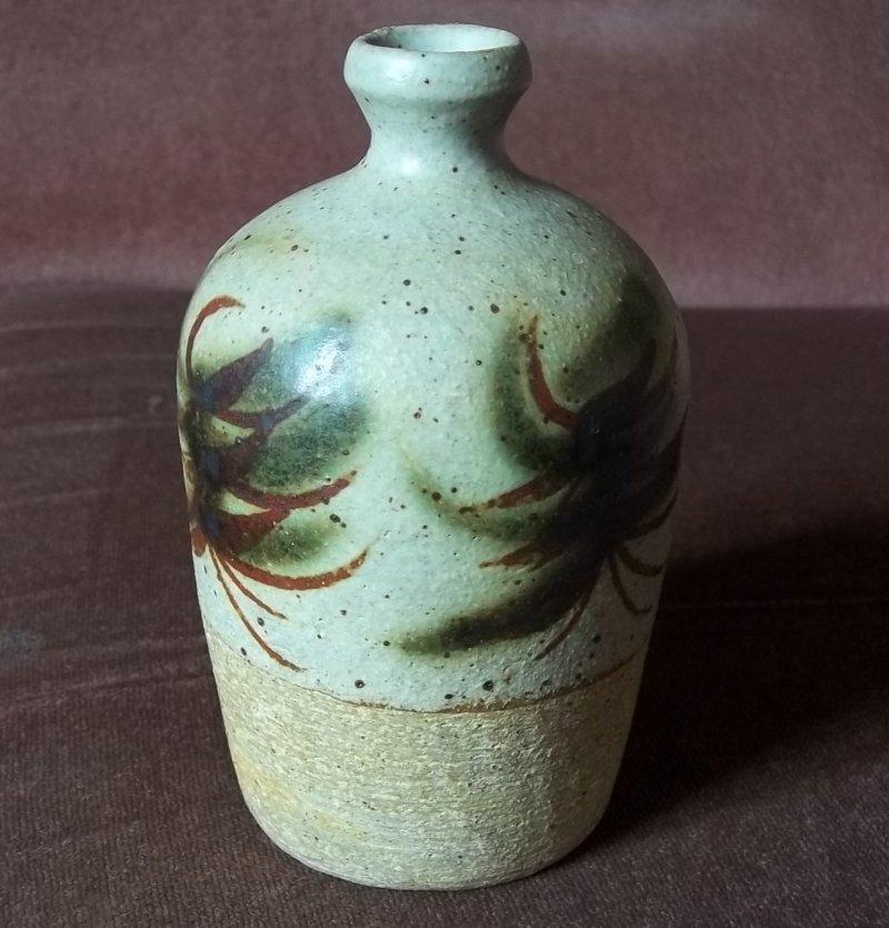 Stoneware vase JB   Possibly James Bassett 100_3146