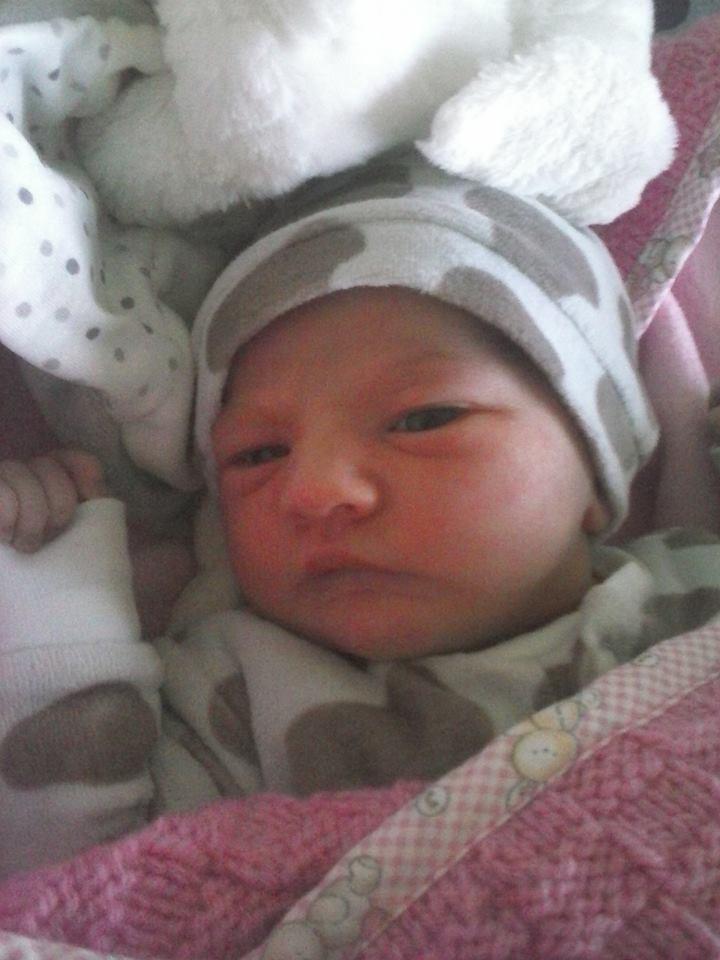 Le bébé d'Ambrenoire  Fofo_i10