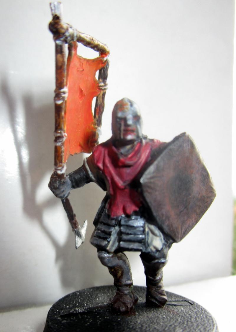 encore des figurines du seigneur des anneaux - Page 2 03410