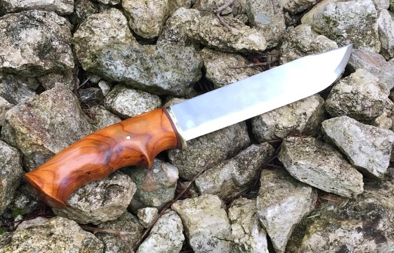 Personnalisations  de couteaux par Sébastien - Page 4 Img_7816