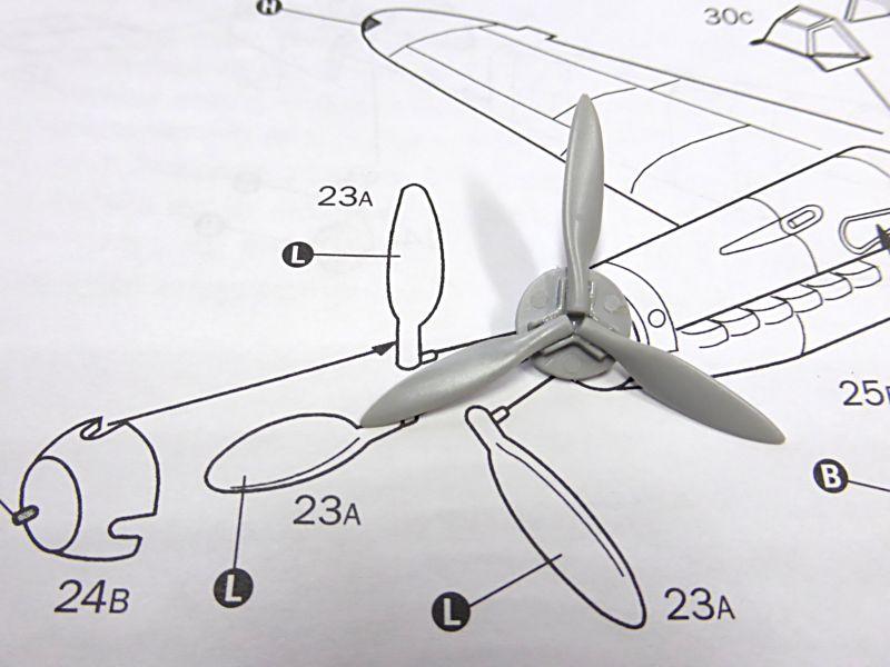 Diorama Mistel 1 - les préparatifs d'un grand BOUM - Page 3 Mistel13