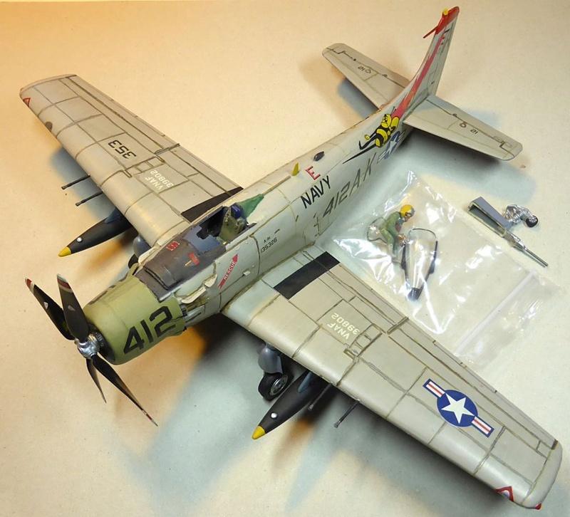[TAMIYA] Douglas A1 Skyraider: rénovation d'un souvenir Skyr0410