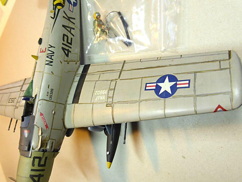 [TAMIYA] Douglas A1 Skyraider: rénovation d'un souvenir Skyr0510