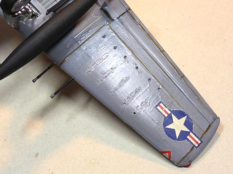 [TAMIYA] Douglas A1 Skyraider: rénovation d'un souvenir Skyr1210