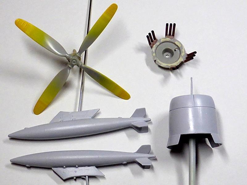 [TAMIYA] Douglas A1 Skyraider: rénovation d'un souvenir Skyr2510
