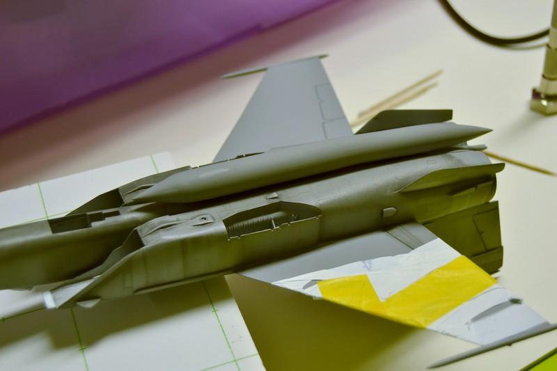 MIG 25 R  (Condor+Armory ) - Page 5 007_8014