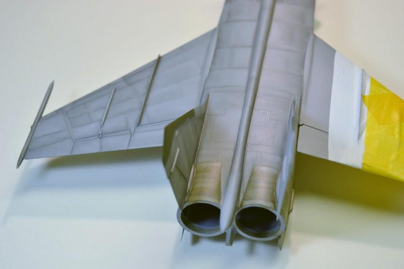 MIG 25 R  (Condor+Armory ) - Page 4 016_8011