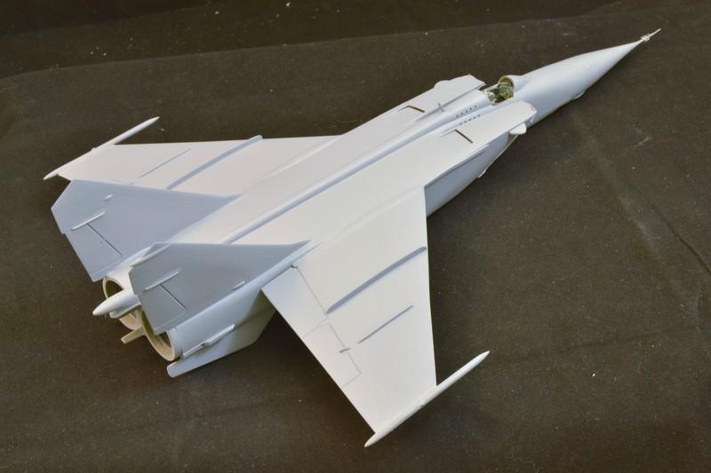MIG 25 R  (Condor+Armory ) - Page 3 018_8010