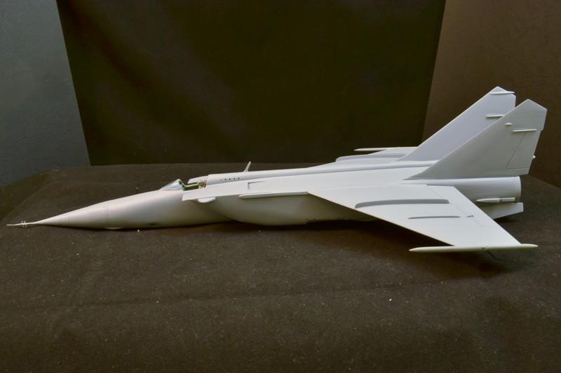 MIG 25 R  (Condor+Armory ) - Page 3 021_8010