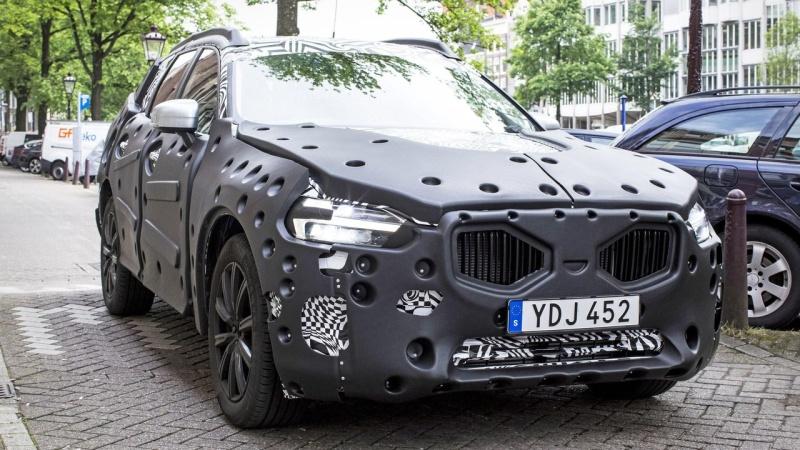 2017 - [Volvo] XC60 II 2018-v10