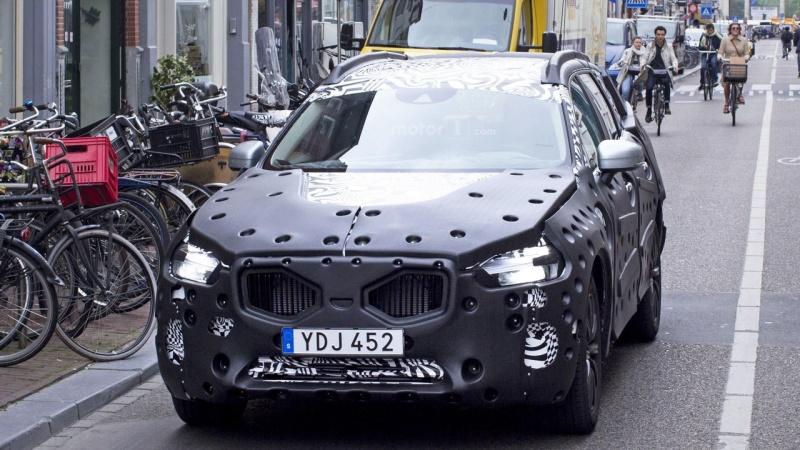 2017 - [Volvo] XC60 II 2018-v11