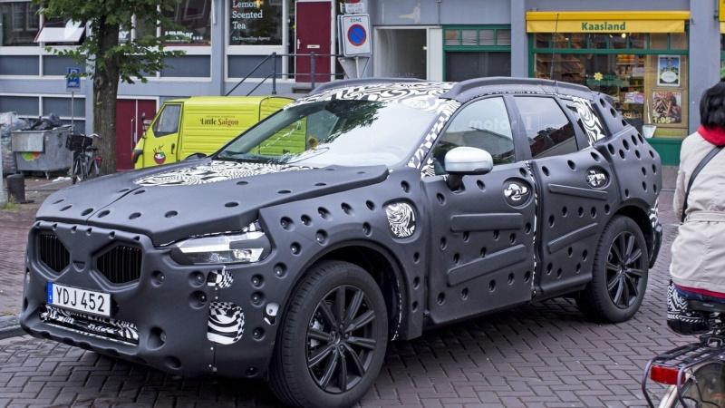 2017 - [Volvo] XC60 II 2018-v12