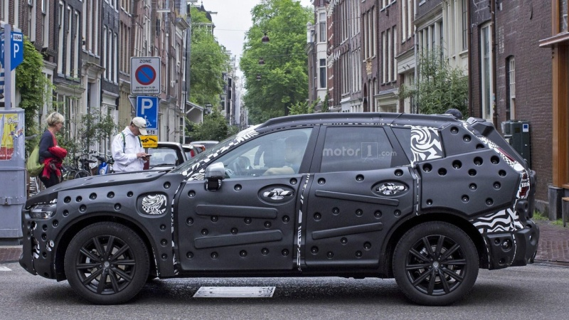 2017 - [Volvo] XC60 II 2018-v13