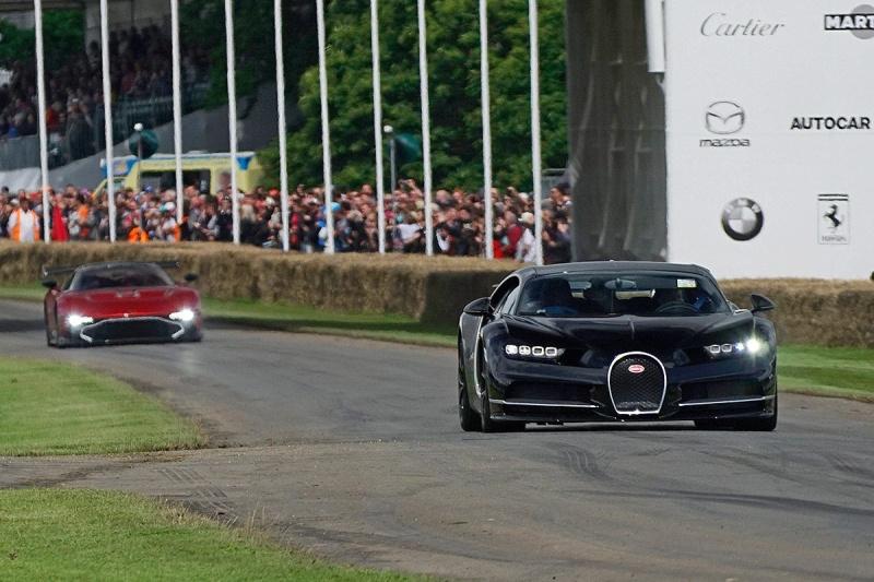 2016 - [Bugatti] Chiron  - Page 15 Bugatt11