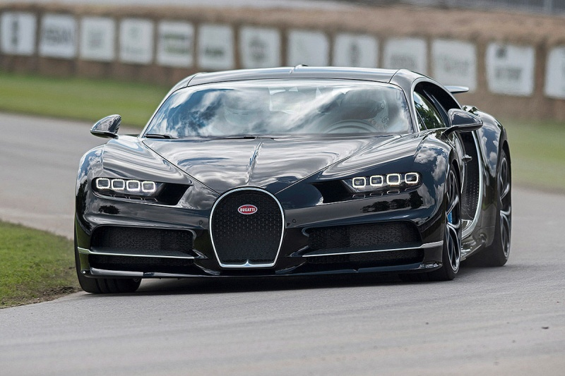 2016 - [Bugatti] Chiron  - Page 15 Bugatt12
