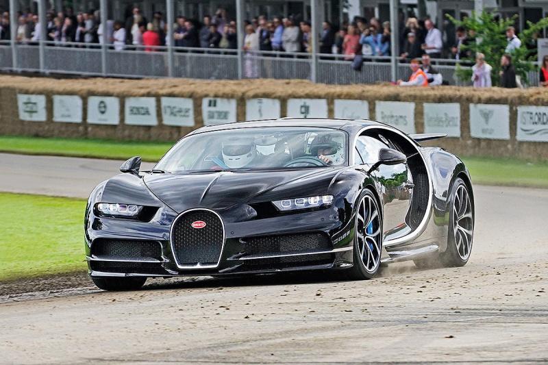 2016 - [Bugatti] Chiron  - Page 15 Bugatt13
