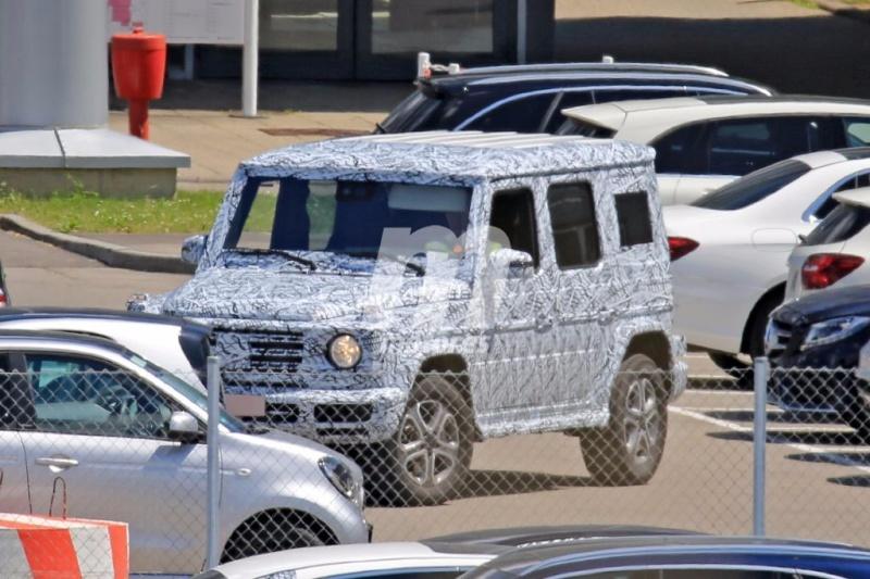 2017 - [Mercedes-Benz] Classe G II Merced31