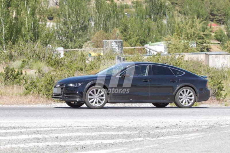 2017 - [Audi] A7 Sportback II Mula-d13