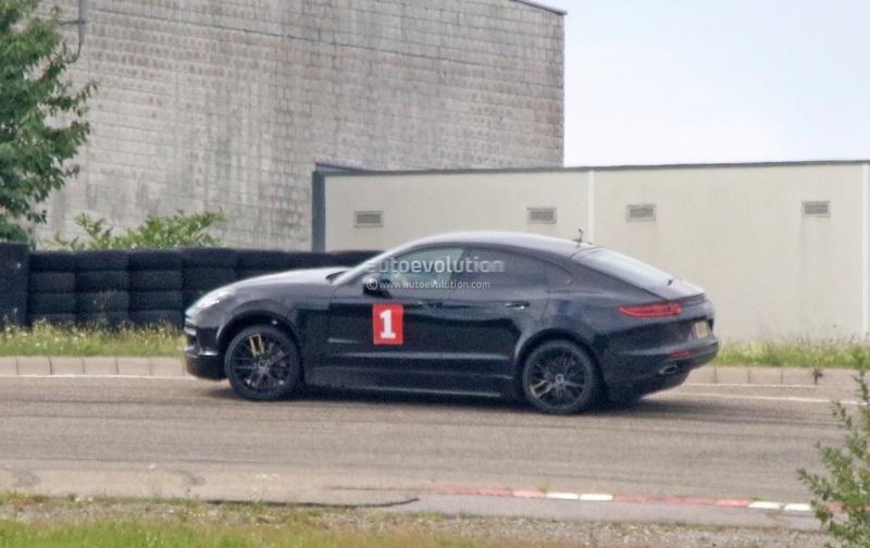 2019 [Porsche] Cayenne coupé Porsch34
