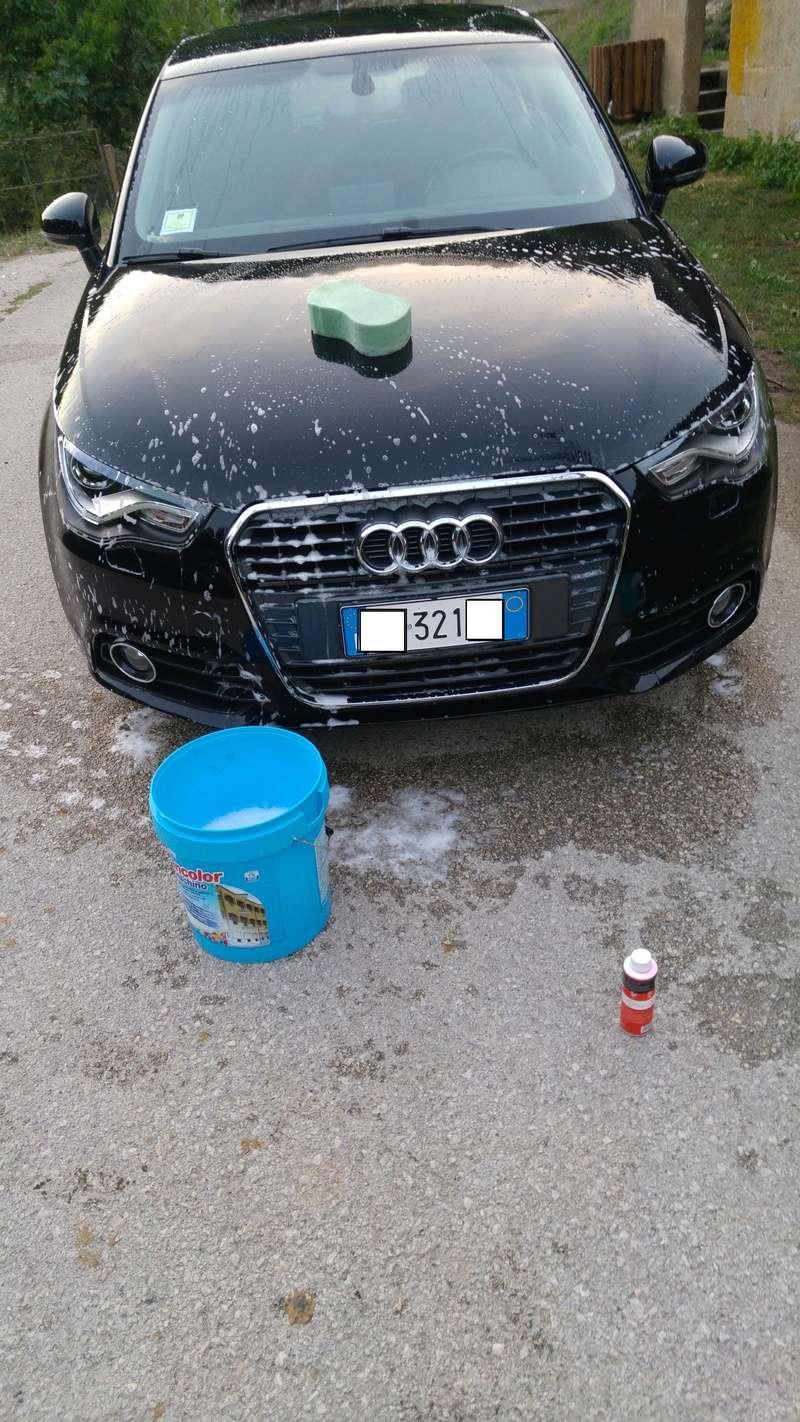 Peppo principiante su Audi A1 Nero perla ... Dodo detailing spray vs Scholl Neo 20160860