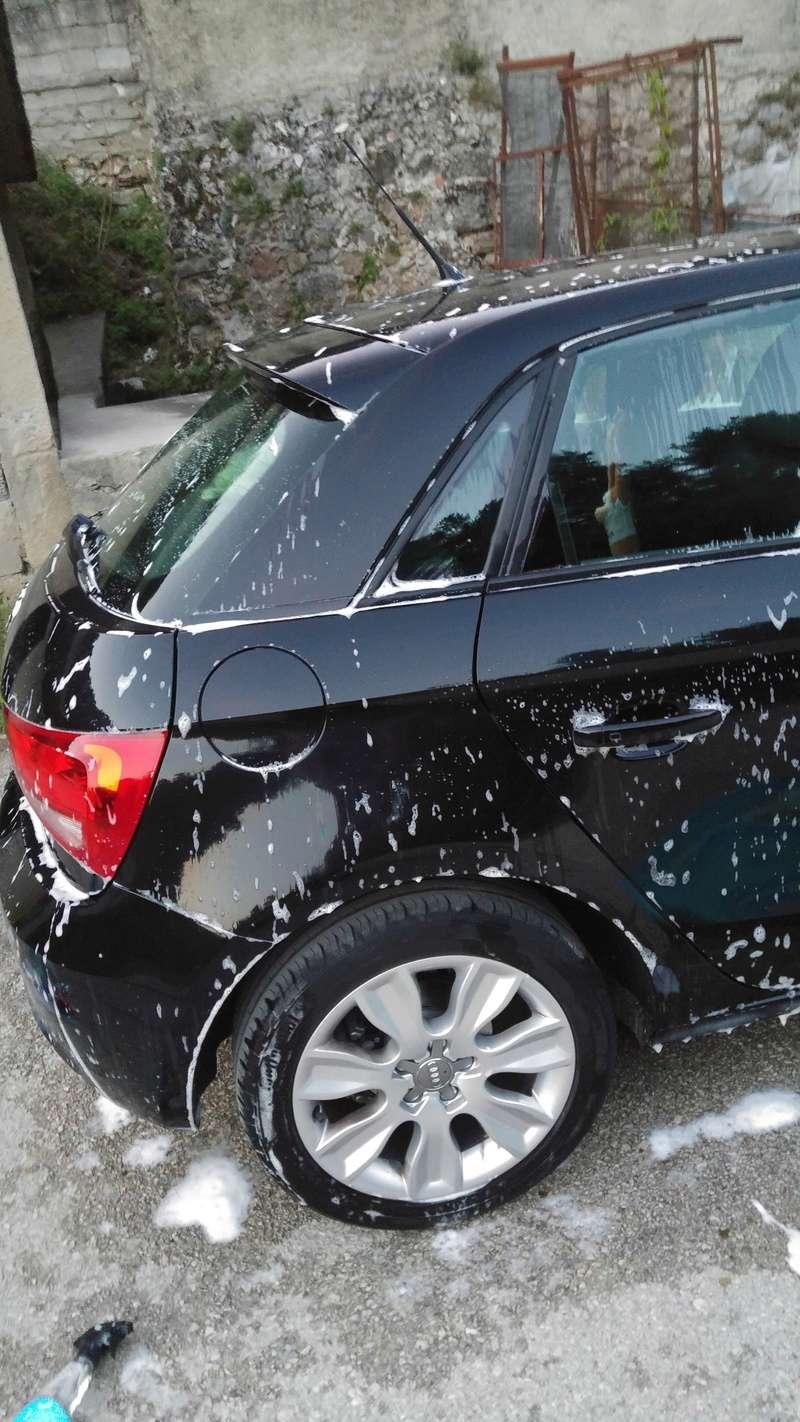 Peppo principiante su Audi A1 Nero perla ... Dodo detailing spray vs Scholl Neo 20160866