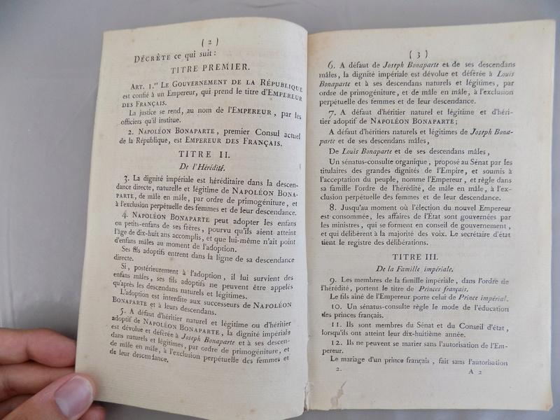 Bulletin des lois n°1 - 1804 - proclamation de l'Empire Dscn0624