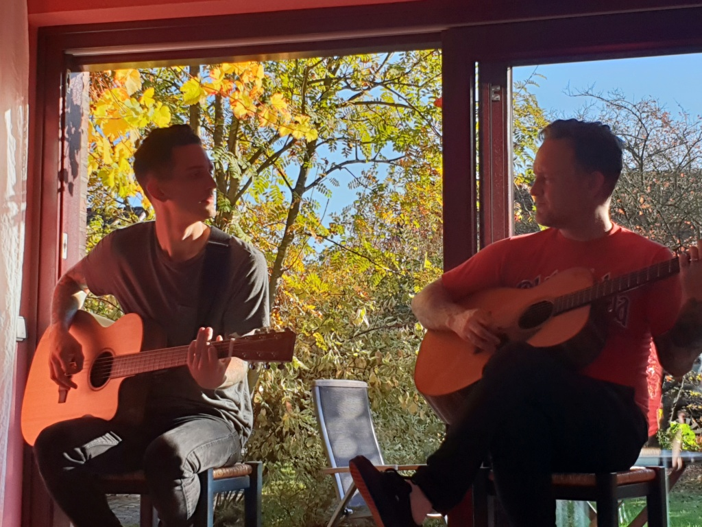 Rankers and Rotters presents: Intimate House Shows with Dave & Tim Hause (Richmond, Hamburg, Vienna) 20181011