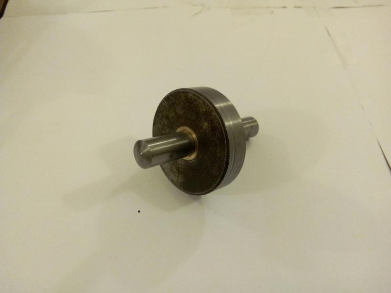 réparation d'un axe de came d'avoyeuse Img_2011