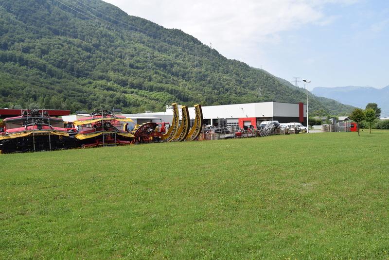 Pistenbully à Tours en Savoie - Kässbohrer ESE Dsc_0445