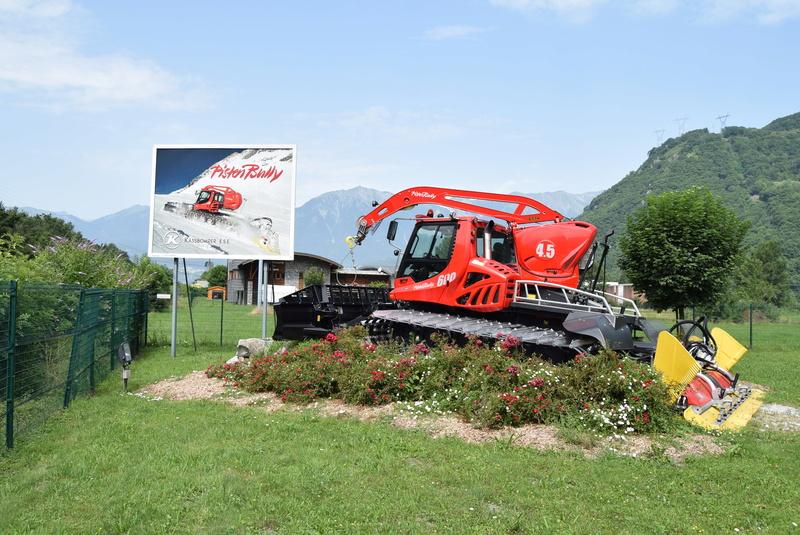 Pistenbully à Tours en Savoie - Kässbohrer ESE Dsc_0446