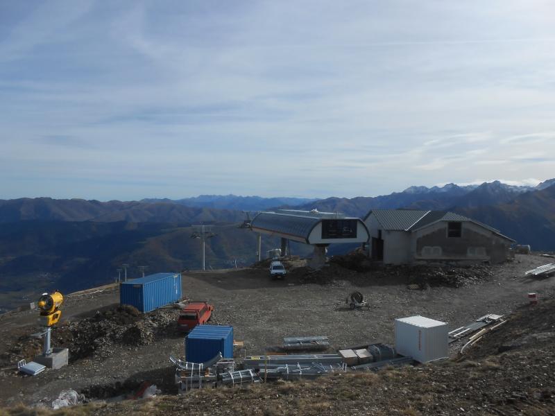 Construction du télésiège débrayable 6 places (TSD6) Bouleaux Dscn3310