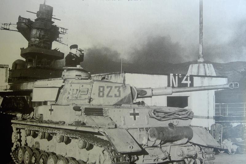 [1/400] Croiseur Algérie Maquet21
