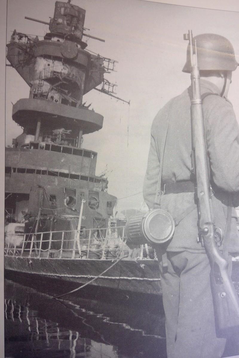 [1/400] Croiseur Algérie Maquet27