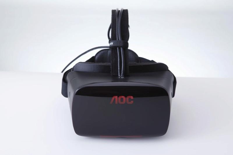 Παγκόσμια πρεμιέρα στη gamescom:  Μια πραγματικά καθηλωτική οθόνη παρουσίασε η AOC  με το πρώτο της VR headset  Thumbn18