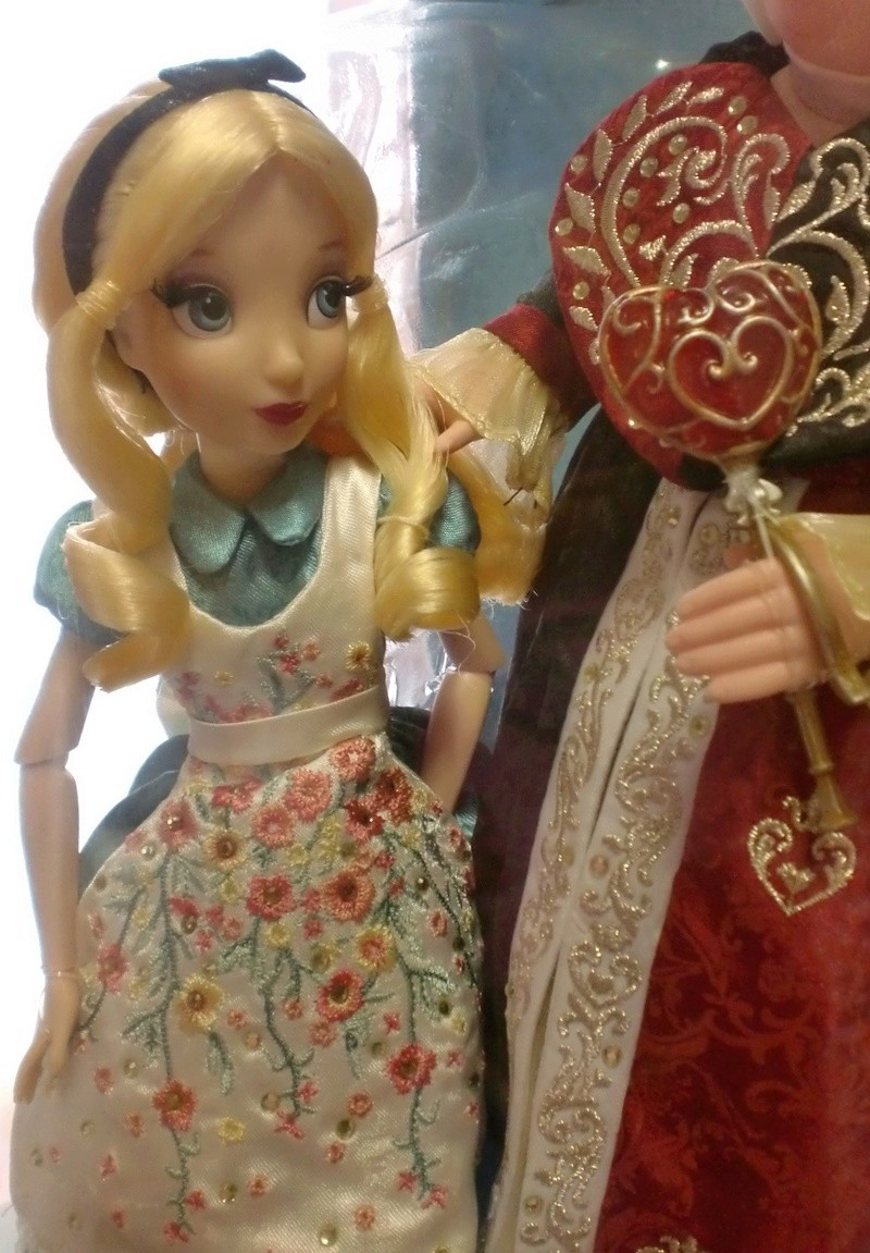 Disney Fairytale Designer Collection (depuis 2013) - Page 38 Cimg4025